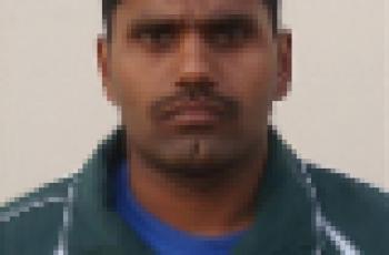 pakistani swimmer israr hussain
