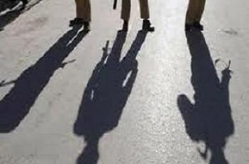 police raid at tipu sultan road karachi