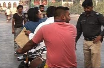 pillion riding banned in karachi