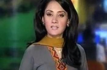 Gharida Farooqi newscaster