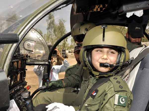 Pak Army Lady Pics: Thalassemia Patient Becomes The Youngest Pakistani Female