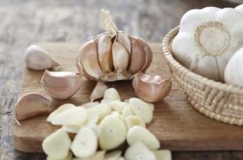 raw garlic