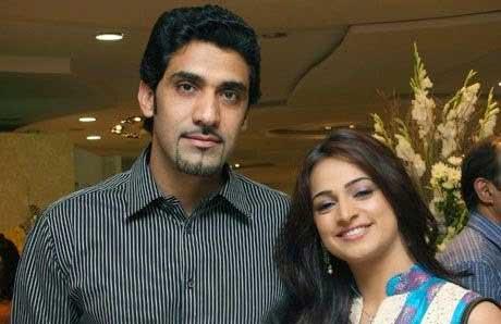noor bukhari third husband