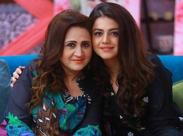 Asma Abbas Age, Dramas, Son, D...