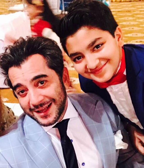 actor kashif mehmood with his son