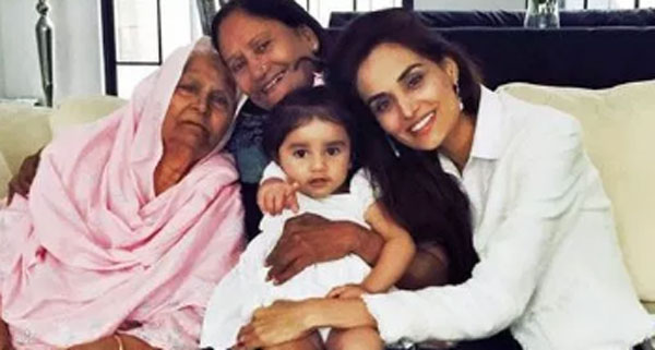 mehreen syed mother