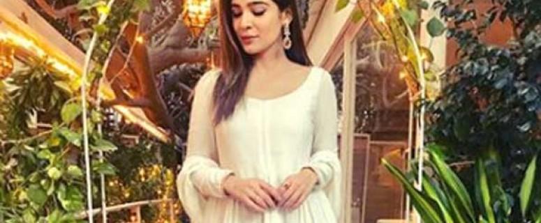 actress-ayesha-omar