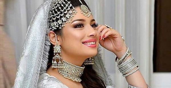 actress sidra batool
