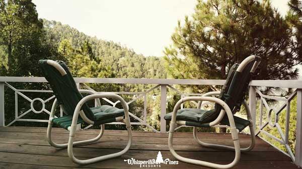 Whispering-Pines-Resort