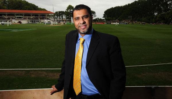 Waqar Younis in stadium