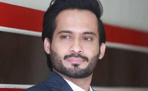 host waqar zaka