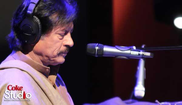 Singer Attaullah Khan Esakhelvi