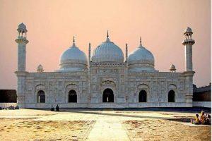 Abbasi-Mosque-Bahawalpur
